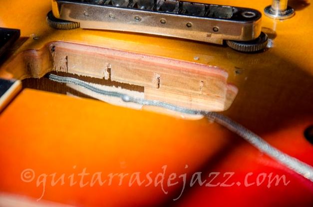 Heritage 535 - Detalle del corte del laminado y arce ranurado de la tapa