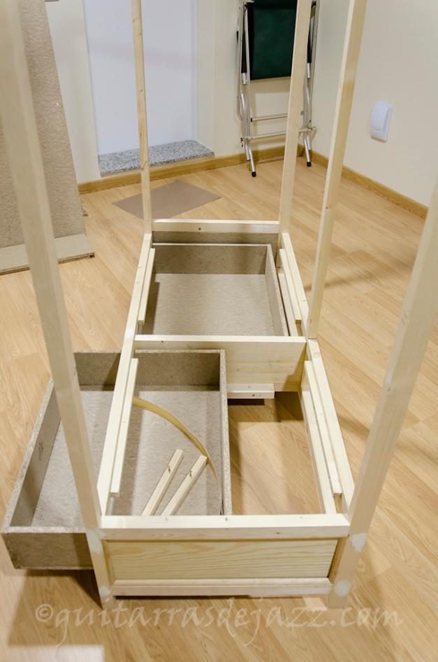 13.- Estructura con cajones
